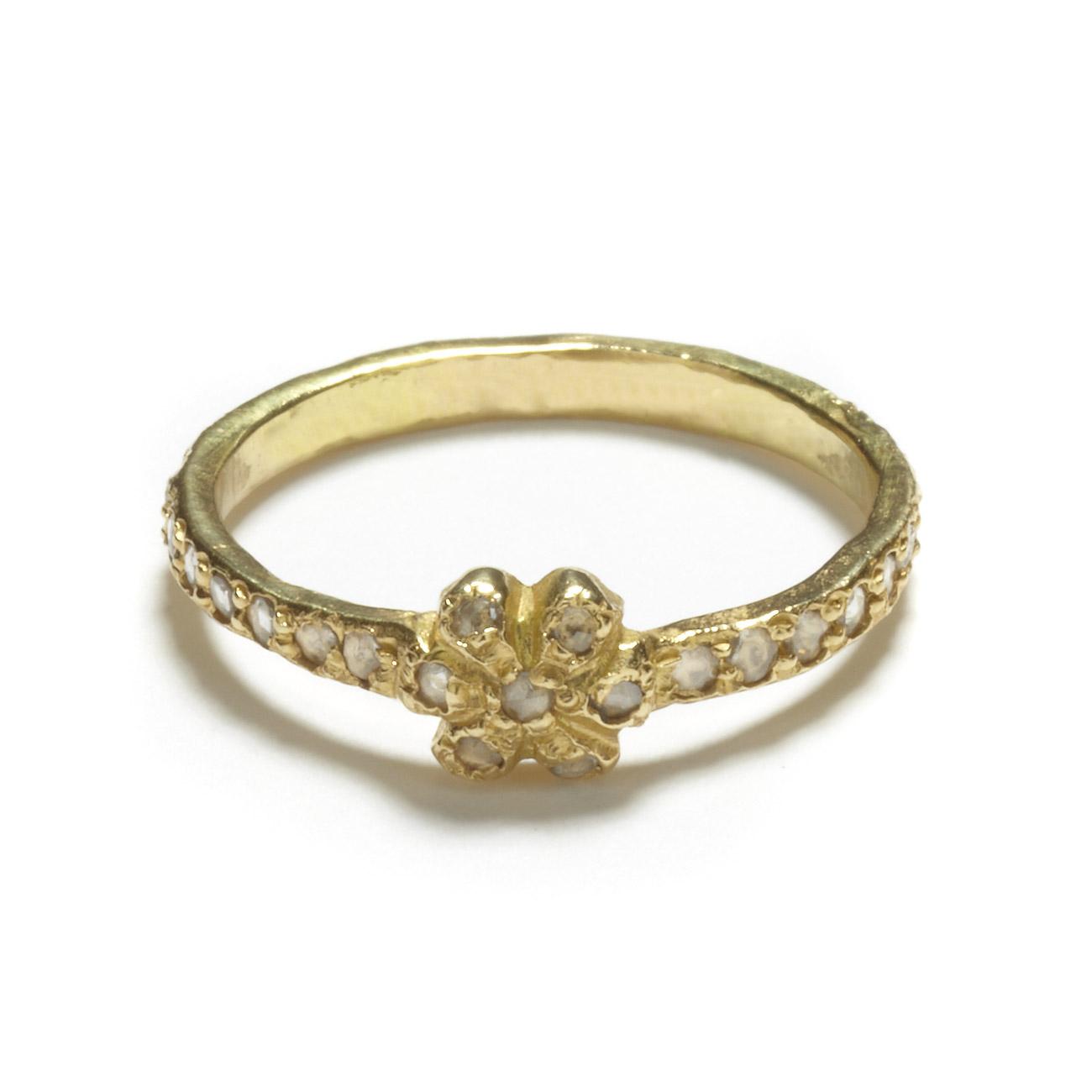 Yellow Gold Diamond Daisy Band